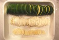 モッツァレラチーズとズッキーニの重ね焼き