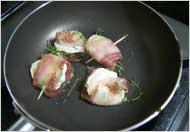 シェーブルのハーブ&ベーコン包み焼き