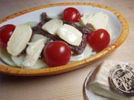 ウォッシュチーズとアンチョビのグラタン